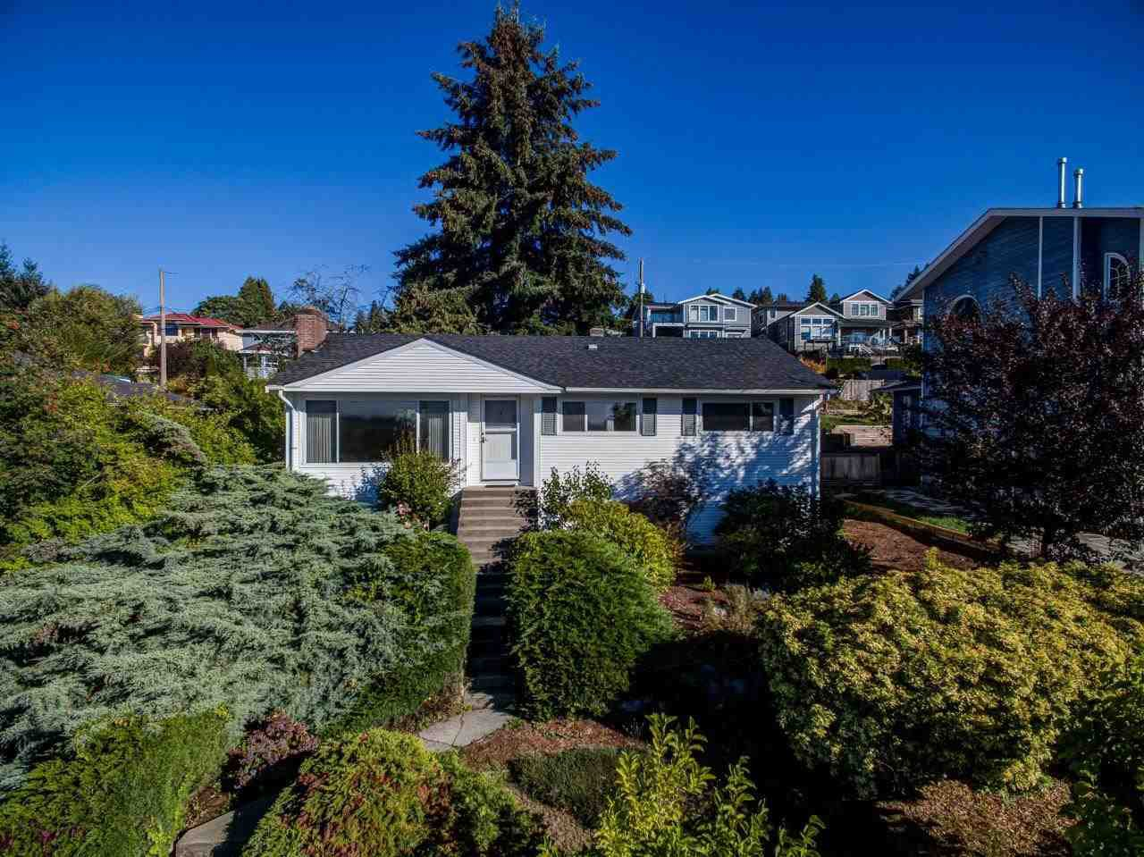 Main Photo: 4479 CARSON Street in Burnaby: South Slope House for sale (Burnaby South)  : MLS®# R2502932