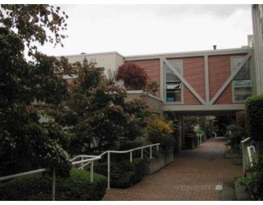 """Main Photo: 2230 SPRUCE ST in Vancouver: Fairview VW Townhouse for sale in """"SIXTH ESTATE"""" (Vancouver West)  : MLS®# V561147"""