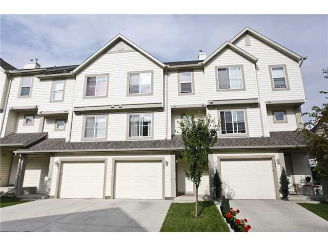 Main Photo: 190 COPPERFIELD Lane SE in CALGARY: Copperfield Townhouse for sale (Calgary)  : MLS®# C3536209