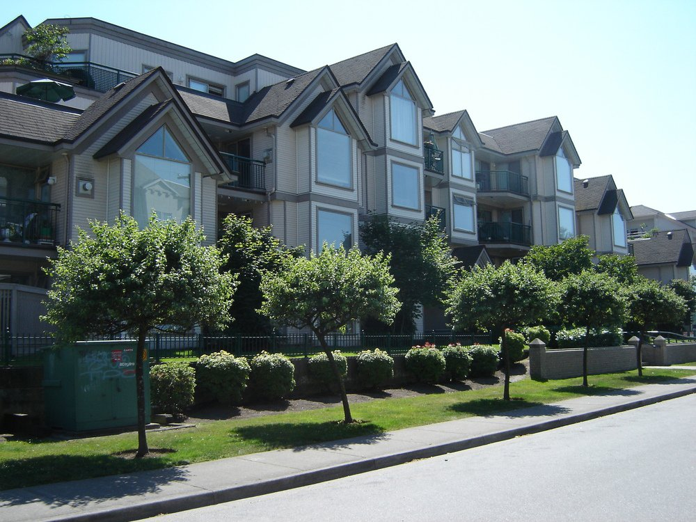 Main Photo: 212 1650 GRANT Ave in Port Coquitlam: Glenwood PQ Home for sale ()  : MLS®# V685733