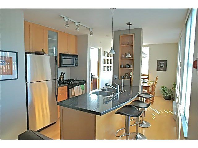 Main Photo: 902-989 Richards st in Vancouver: Downtown VW Condo for sale (Vancouver West)  : MLS®# V1047387