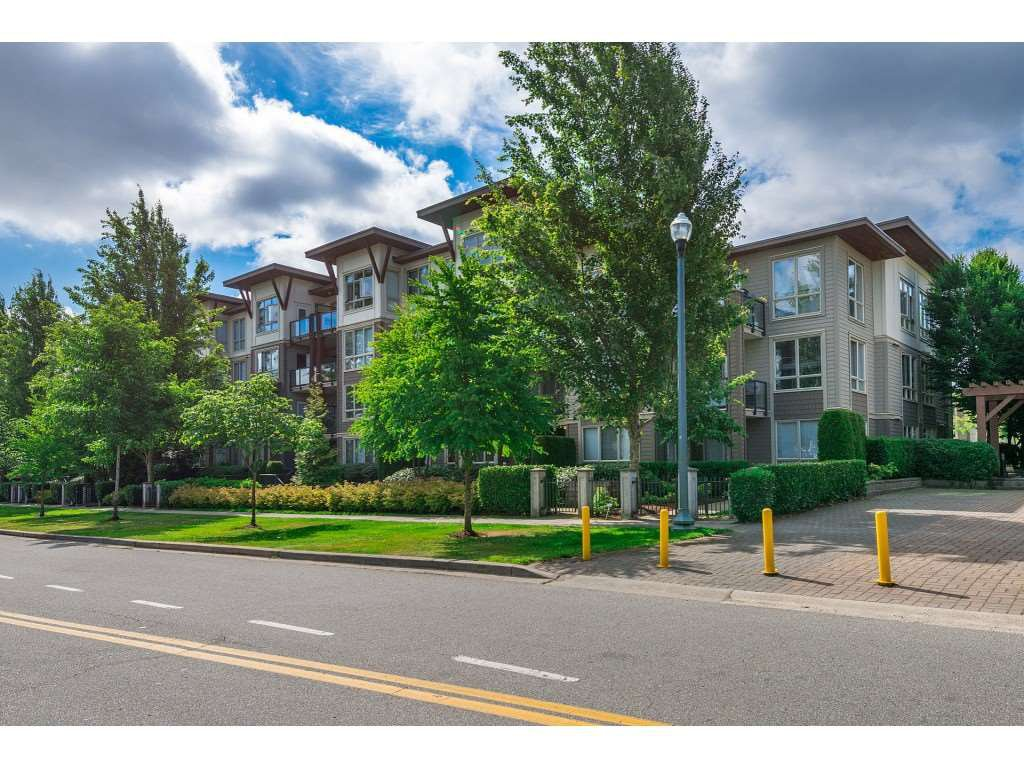 "Main Photo: 109 15988 26 Avenue in Surrey: Grandview Surrey Condo for sale in ""THE MORGAN"" (South Surrey White Rock)  : MLS®# R2474329"