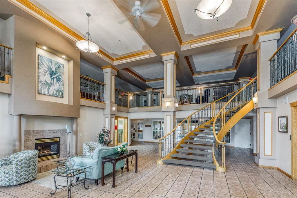 Main Photo: 325 8535 BONAVENTURE Drive SE in Calgary: Acadia Apartment for sale : MLS®# A1011393