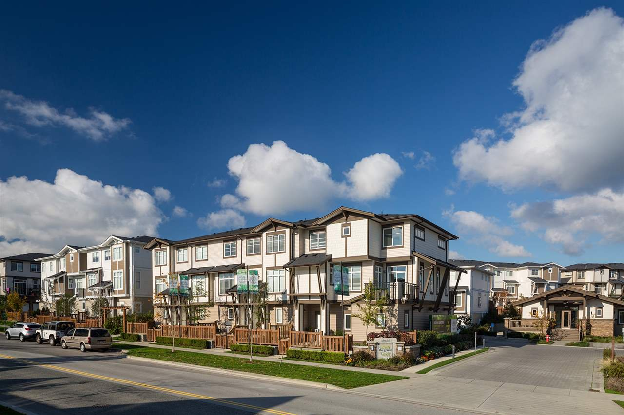 """Main Photo: 3 19433 68 Avenue in Surrey: Clayton Townhouse for sale in """"The Grove"""" (Cloverdale)  : MLS®# R2503497"""