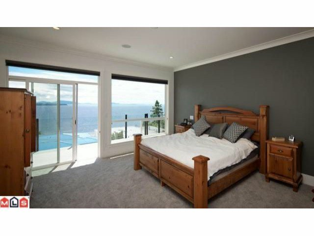 Photo 8: Photos: 14727 OXENHAM Avenue: White Rock House for sale (South Surrey White Rock)  : MLS®# F1202883