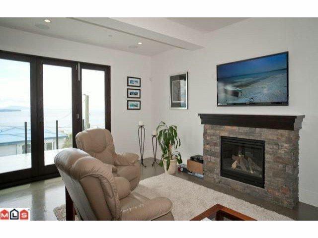 Photo 4: Photos: 14727 OXENHAM Avenue: White Rock House for sale (South Surrey White Rock)  : MLS®# F1202883