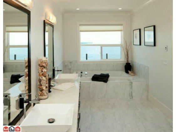 Photo 9: Photos: 14727 OXENHAM Avenue: White Rock House for sale (South Surrey White Rock)  : MLS®# F1202883