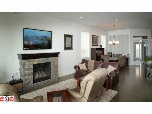 Photo 5: Photos: 14727 OXENHAM Avenue: White Rock House for sale (South Surrey White Rock)  : MLS®# F1202883