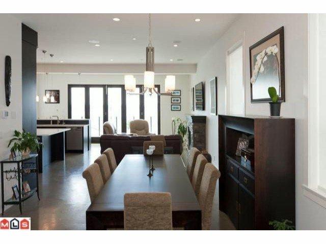 Photo 6: Photos: 14727 OXENHAM Avenue: White Rock House for sale (South Surrey White Rock)  : MLS®# F1202883