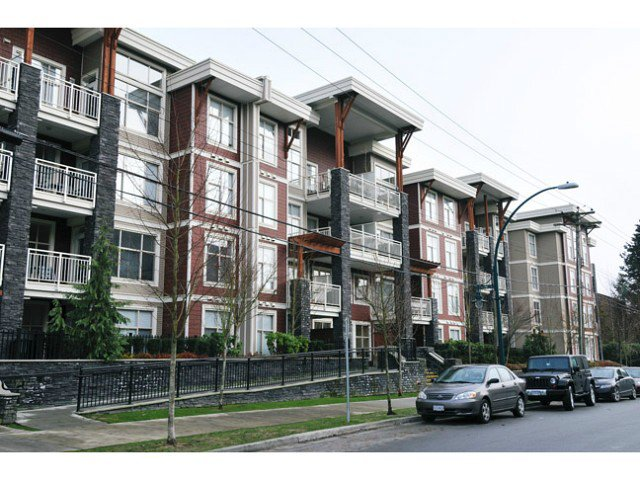 "Main Photo: 411 2477 KELLY Avenue in Port Coquitlam: Central Pt Coquitlam Condo for sale in ""SOUTH VERDE"" : MLS®# V1012157"