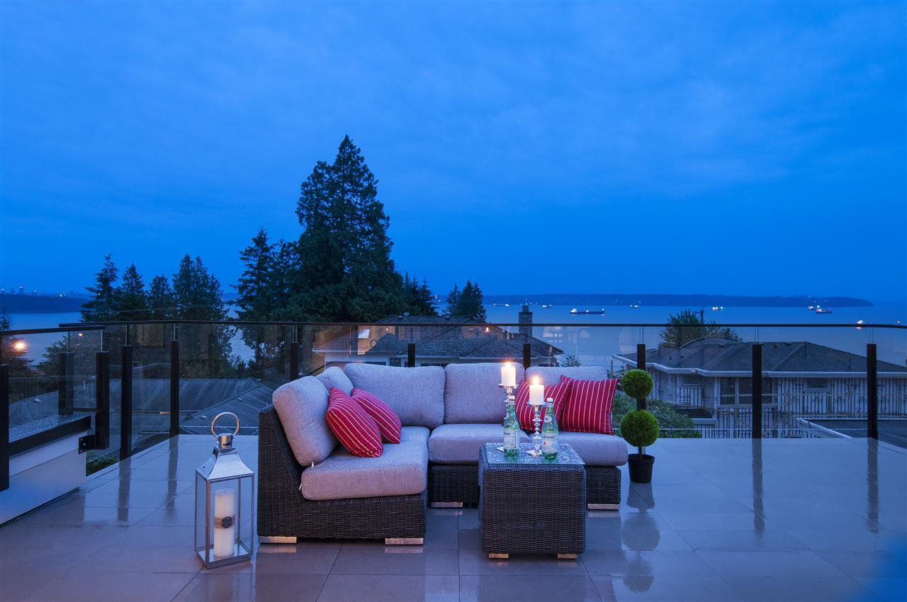Photo 18: Photos: 2616 PALMERSTON AVENUE in West Vancouver: Dundarave House for sale : MLS®# R2130033