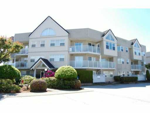 """Main Photo: 207 7071 BLUNDELL Road in Richmond: Brighouse South Condo for sale in """"WINDSOR GARDEN"""" : MLS®# V1007485"""