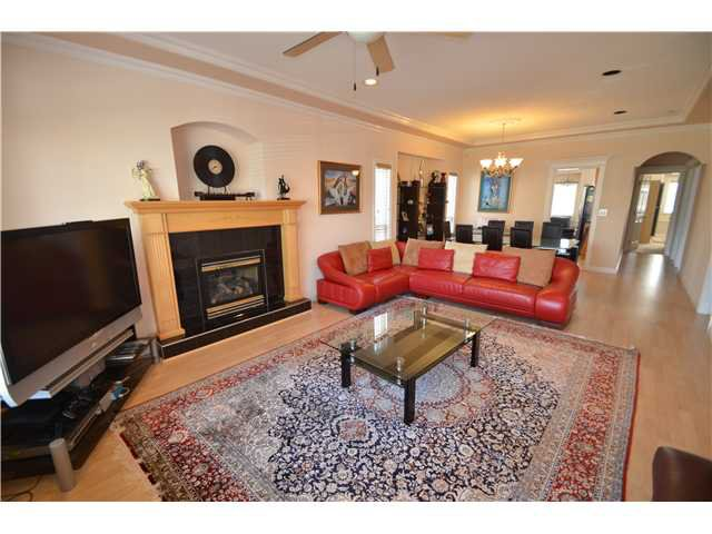Main Photo: 4162 PENDER ST in Burnaby: Willingdon Heights House for sale (Burnaby North)  : MLS®# V1061633