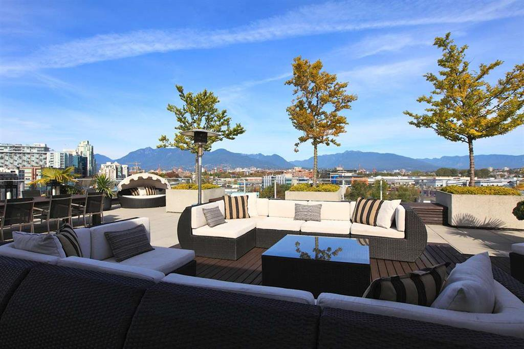 Photo 4: Photos: 601 256 E 2ND Avenue in Vancouver: Mount Pleasant VE Condo  (Vancouver East)  : MLS®# R2007525