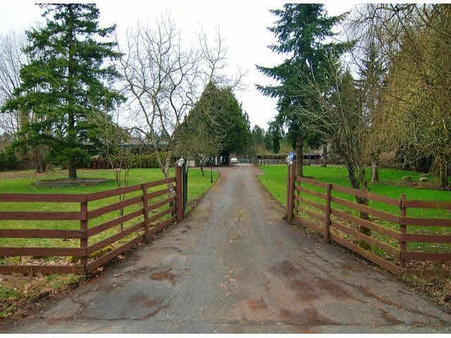 Photo 5: Photos: 1858 216th Street in Langley: Campbell Valley House for sale : MLS®# F1406625