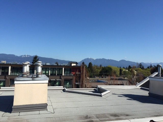 Photo 3: Photos: 312 3638 W BROADWAY in Vancouver: Kitsilano Condo for sale (Vancouver West)  : MLS®# R2054837