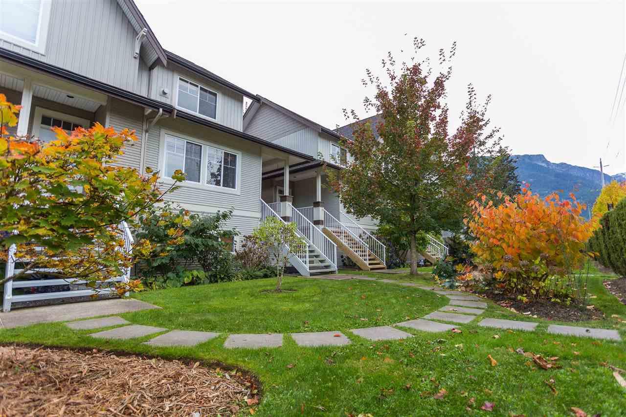 Main Photo: 11 1800 MAMQUAM ROAD in Squamish: Garibaldi Estates House 1/2 Duplex for sale : MLS®# R2116468