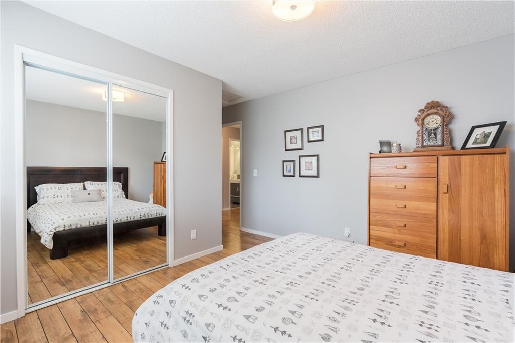 Photo 24: Photos: 115 WOODGLEN Road SW in Calgary: Woodbine Detached for sale : MLS®# C4299920