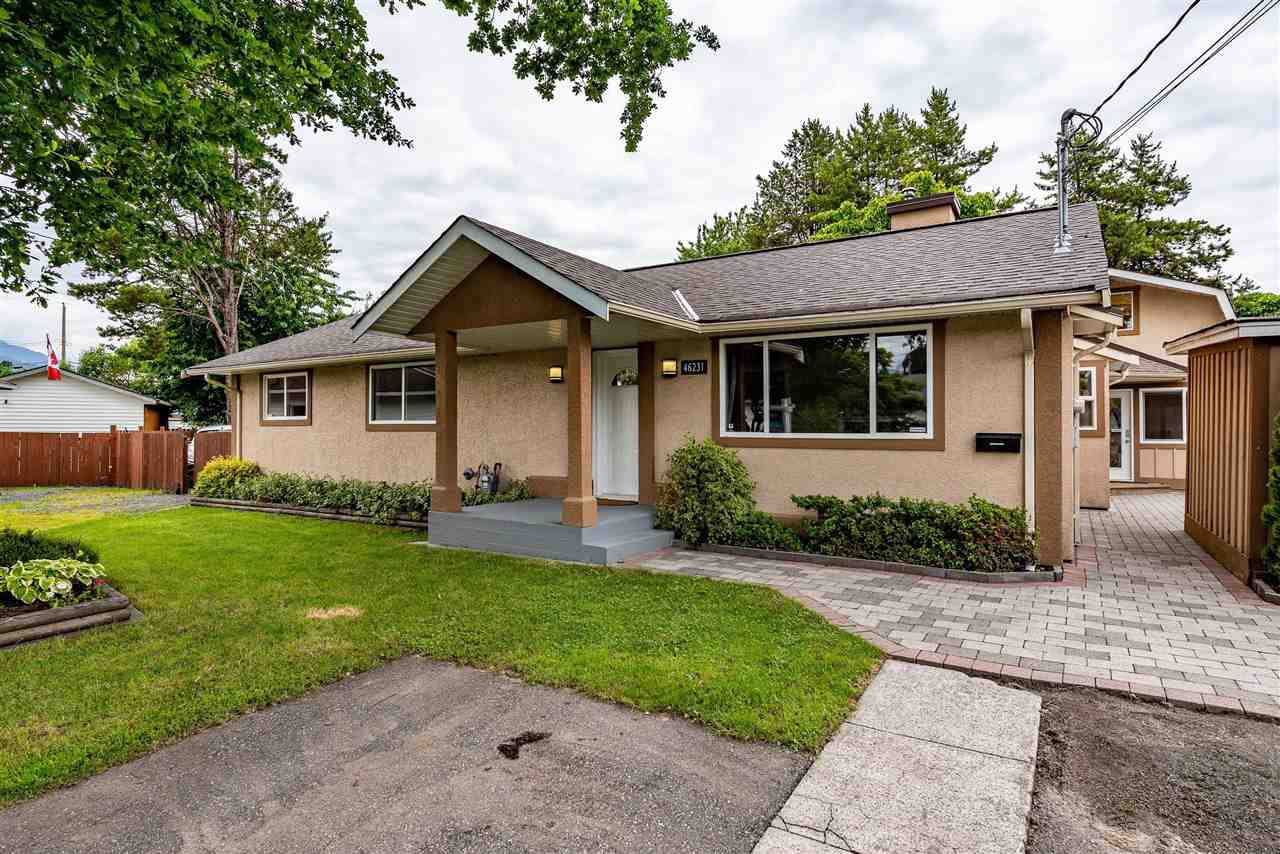Main Photo: 46231 TAMARACK Place in Chilliwack: Chilliwack E Young-Yale House for sale : MLS®# R2465435