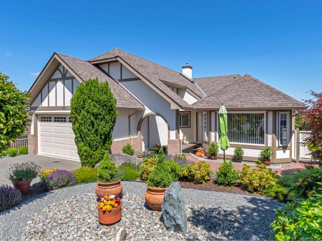 Main Photo: 615 St Andrews Lane in COBBLE HILL: ML Cobble Hill House for sale (Malahat & Area)  : MLS®# 842287