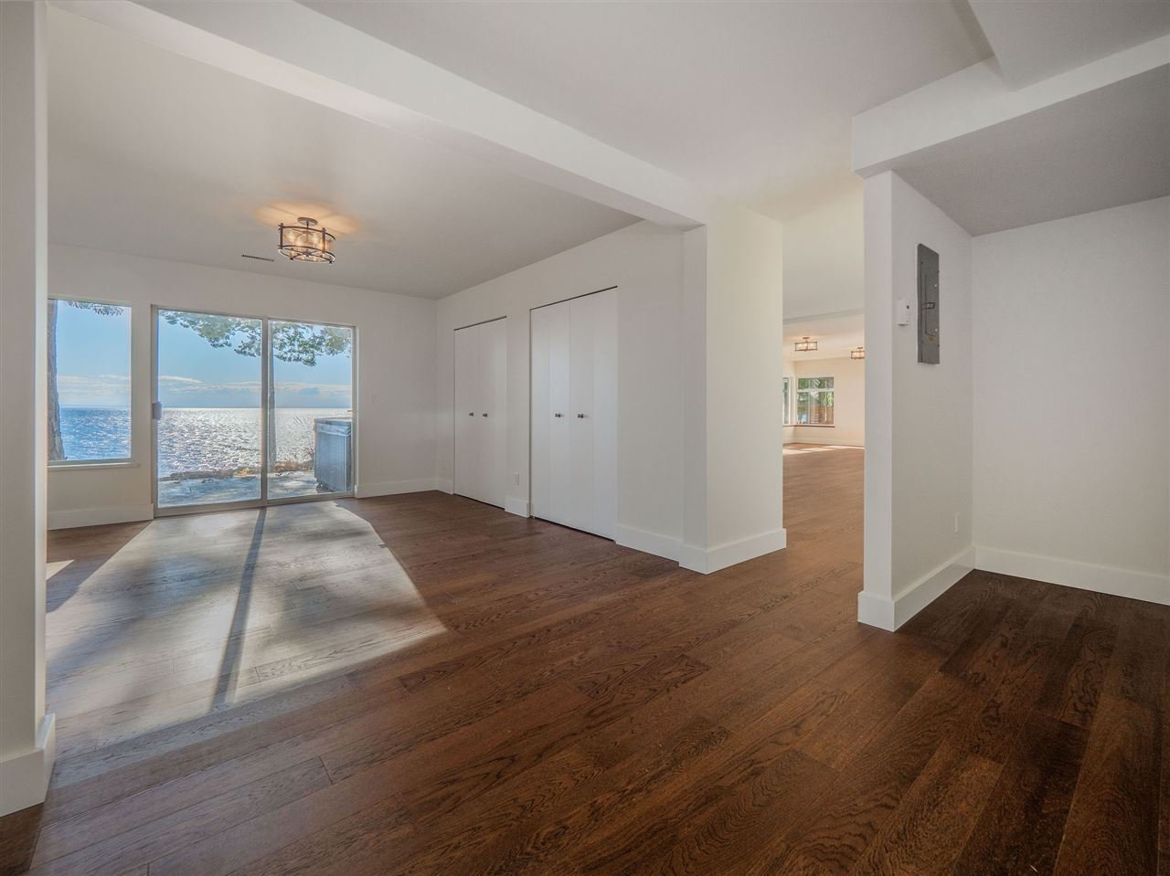 "Photo 33: Photos: 7101 DALE Road in Sechelt: Sechelt District House for sale in ""Caleda Estates"" (Sunshine Coast)  : MLS®# R2515160"