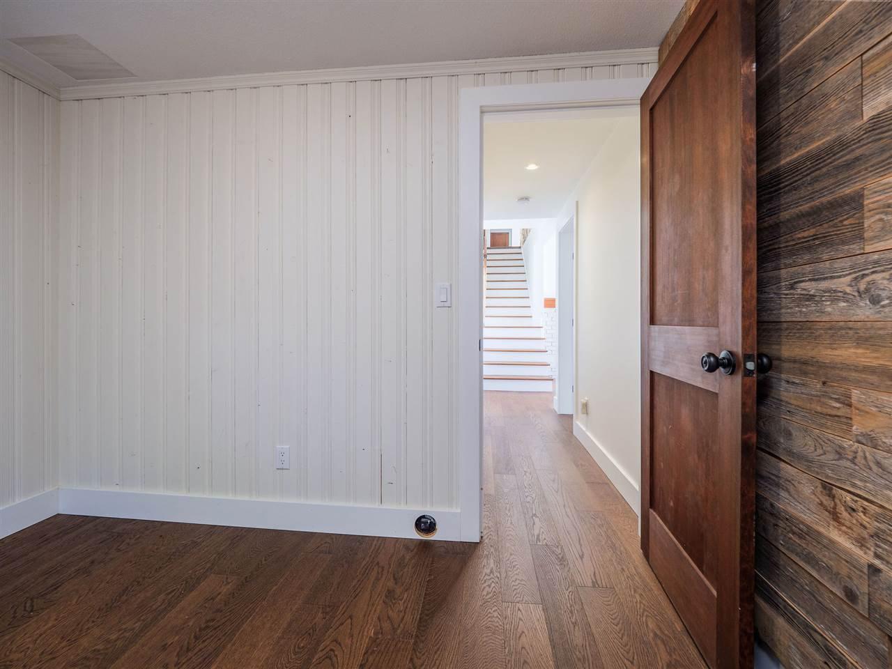 "Photo 35: Photos: 7101 DALE Road in Sechelt: Sechelt District House for sale in ""Caleda Estates"" (Sunshine Coast)  : MLS®# R2515160"
