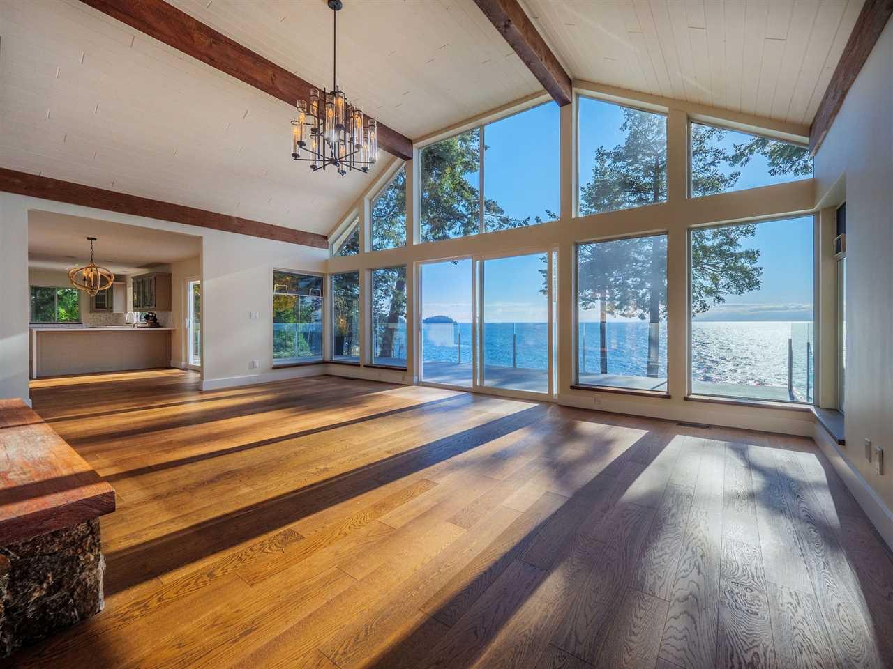 "Photo 15: Photos: 7101 DALE Road in Sechelt: Sechelt District House for sale in ""Caleda Estates"" (Sunshine Coast)  : MLS®# R2515160"