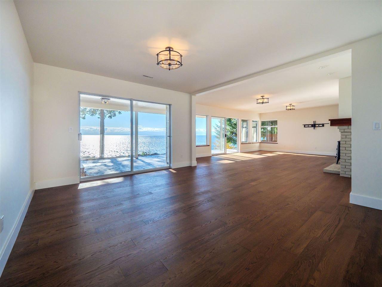 "Photo 34: Photos: 7101 DALE Road in Sechelt: Sechelt District House for sale in ""Caleda Estates"" (Sunshine Coast)  : MLS®# R2515160"