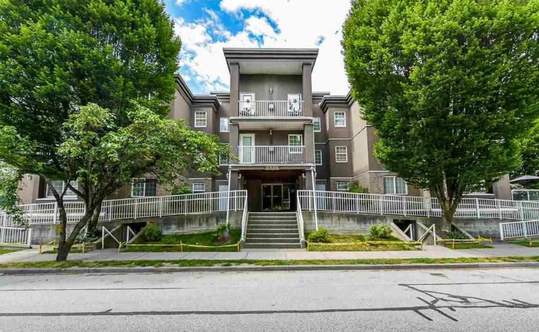 "Main Photo: 213 2375 SHAUGHNESSY Street in Port Coquitlam: Central Pt Coquitlam Condo for sale in ""Connamara Place"" : MLS®# R2525251"