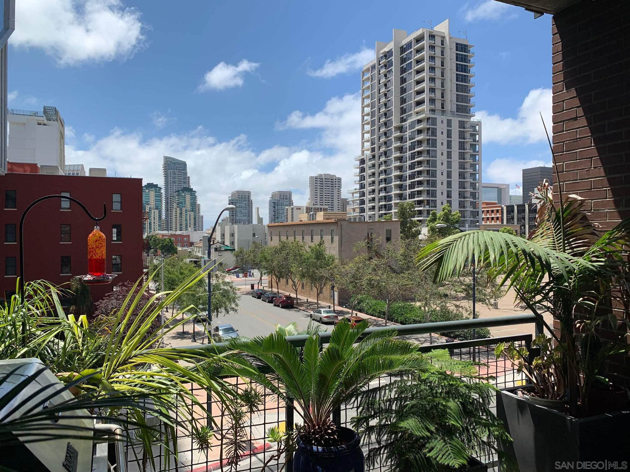 Main Photo: DOWNTOWN Condo for sale : 2 bedrooms : 877 ISLAND #301 in SAN DIEGO