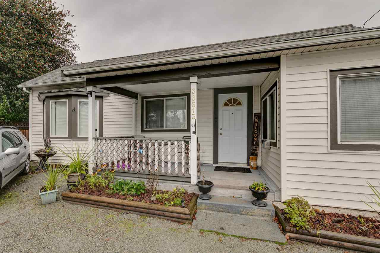 Main Photo: 33613 1ST Avenue in Mission: Mission BC House for sale : MLS®# R2527431
