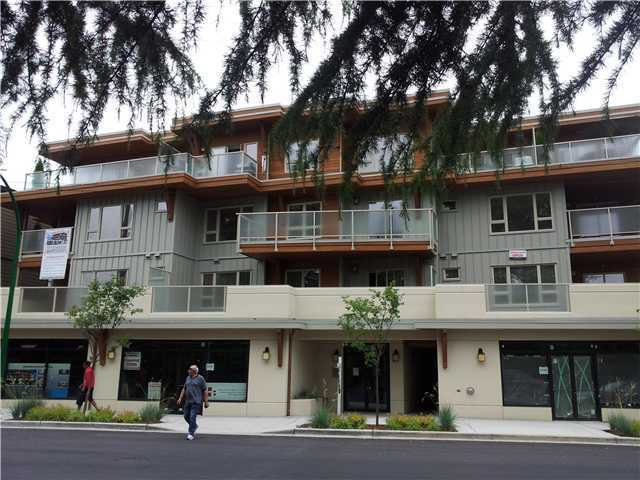 Main Photo: 402 2138 OLD DOLLARTON Road in North Vancouver: Seymour Condo for sale : MLS®# V1005793
