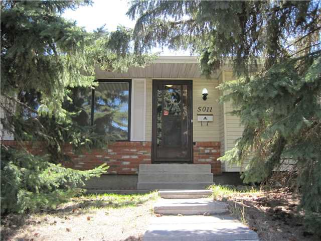 Main Photo: 5011 RUNDLEHORN Drive NE in CALGARY: Rundle Residential Detached Single Family for sale (Calgary)  : MLS®# C3566931