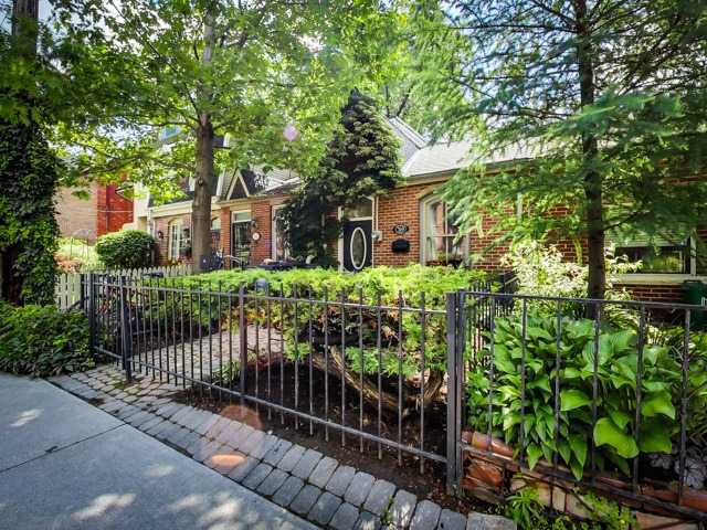 Main Photo: 319 Wellesley St E in Toronto: Cabbagetown-South St. James Town Freehold for sale (Toronto C08)  : MLS®# C3237318