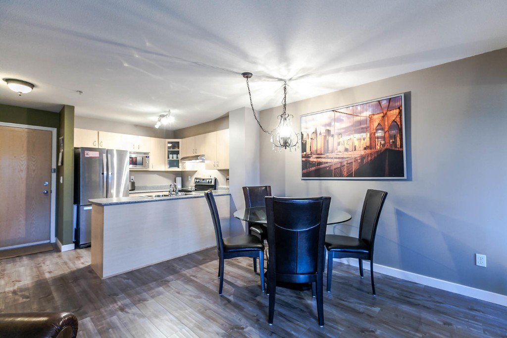 Photo 6: Photos: #202 6359 198 Street: Langley City Condo for sale (Langley)  : MLS®# R2134314