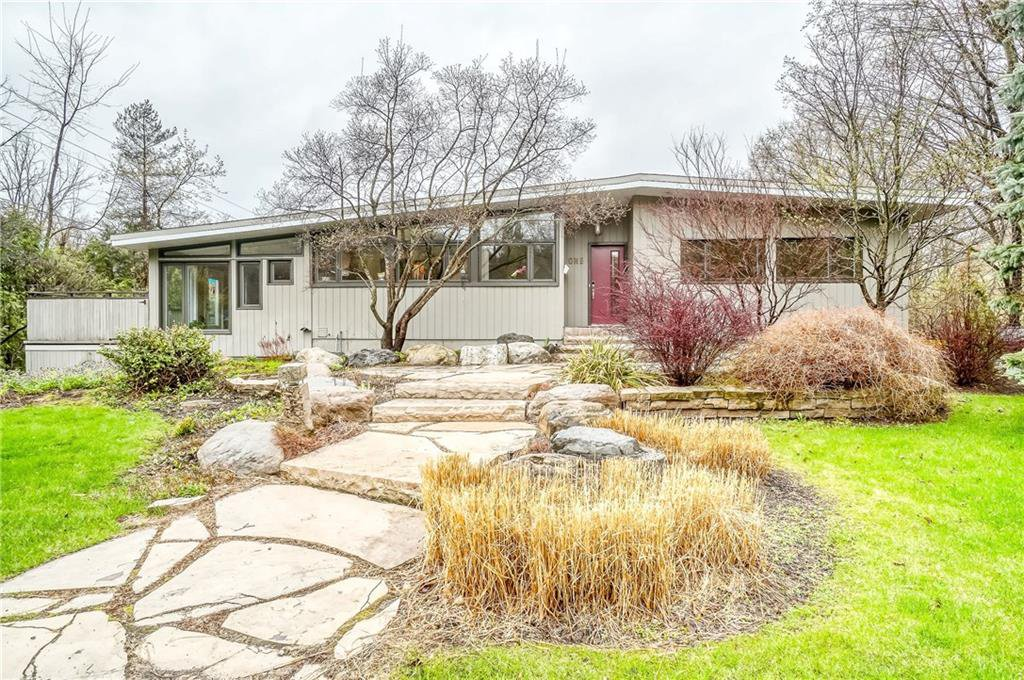 Main Photo: 1 Briarcliffe in Ottawa: House for sale (Rothwell Heights)
