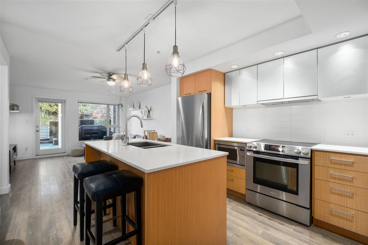 """Main Photo: 107 221 E 3RD Street in North Vancouver: Lower Lonsdale Condo for sale in """"Orizon"""" : MLS®# R2527599"""