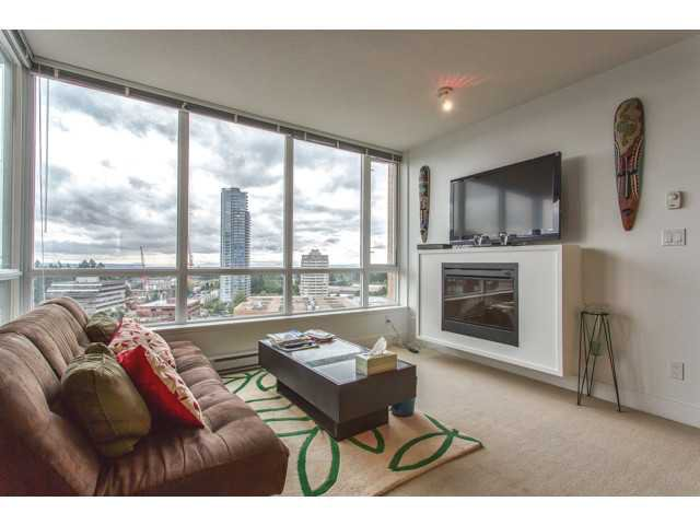 """Main Photo: 1806 4808 HAZEL Street in Burnaby: Forest Glen BS Condo for sale in """"CENTREPOINT"""" (Burnaby South)  : MLS®# V1019661"""