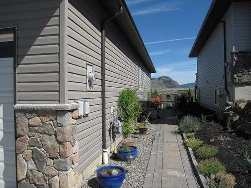 Photo 22: Photos: 2060 Grasslands Boulevard in Kamloops: Batchelor Heights House for sale : MLS®# 126604