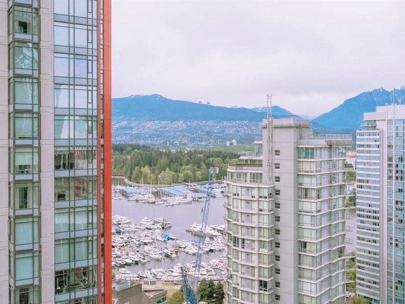 Main Photo: 3007 1189 MELVILLE Street in Vancouver: Coal Harbour Condo for sale (Vancouver West)  : MLS®# R2470957