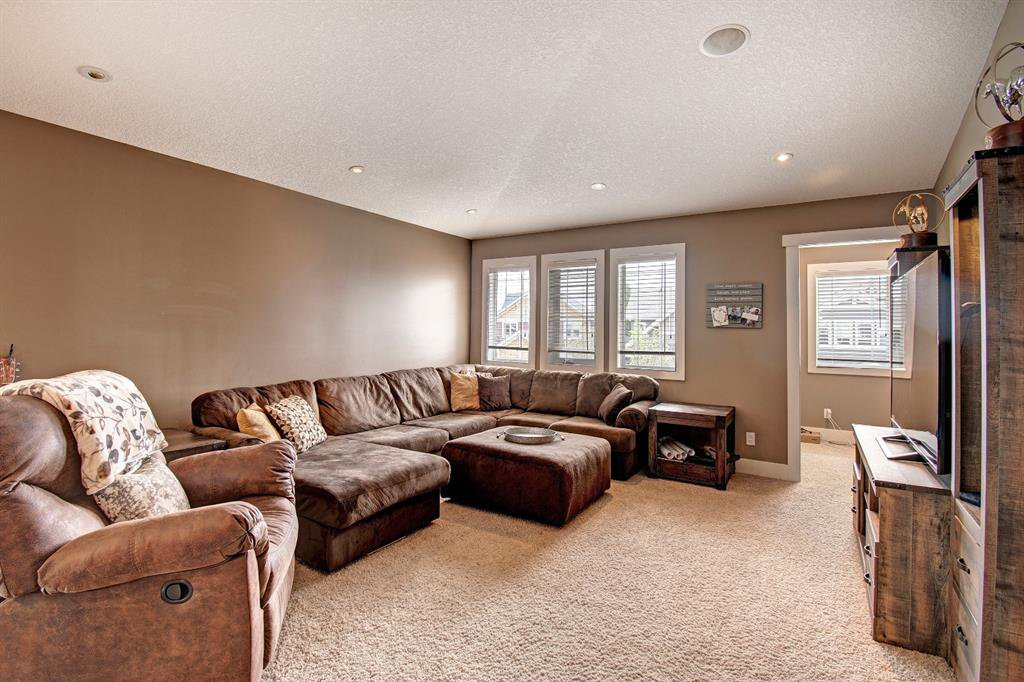 Photo 17: Photos: 624 Coopers Square: Airdrie Detached for sale : MLS®# A1017574