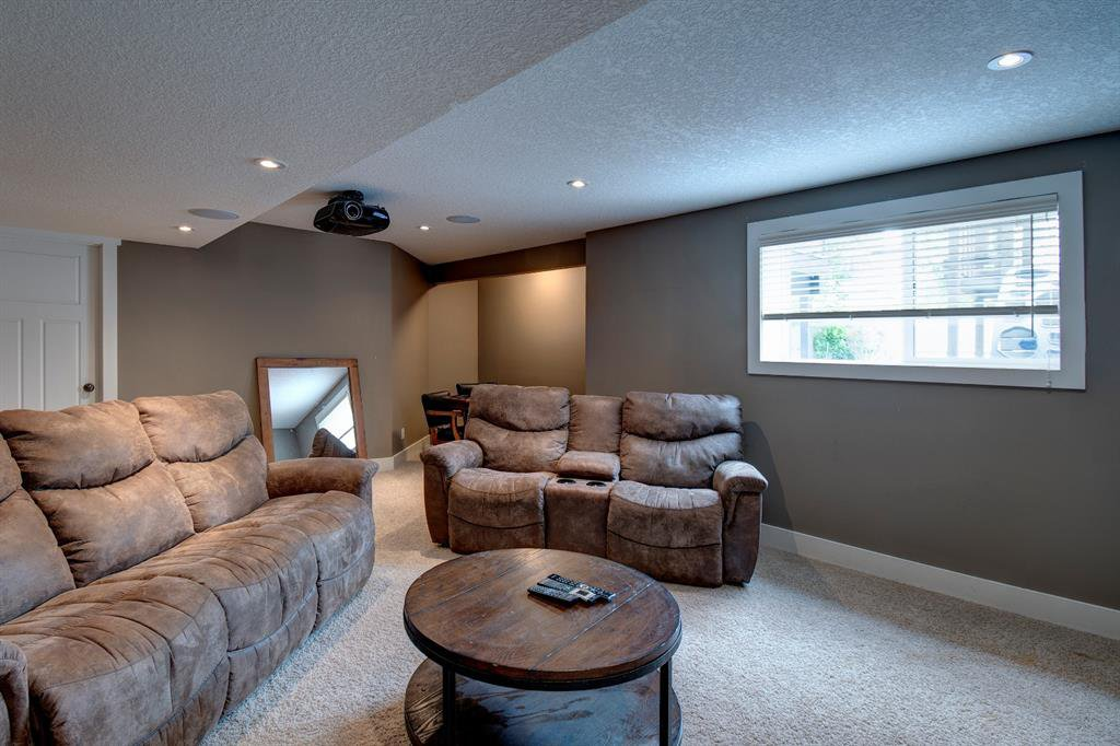 Photo 16: Photos: 624 Coopers Square: Airdrie Detached for sale : MLS®# A1017574