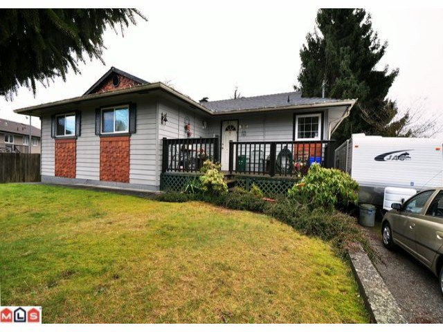 Main Photo: 32174 HOLIDAY Avenue in Mission: Mission BC House for sale : MLS®# F1205782