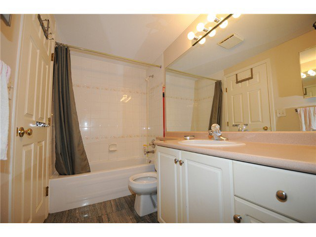 "Photo 7: Photos: 309 515 WHITING Way in Coquitlam: Coquitlam West Condo for sale in ""Brookside Manor"" : MLS®# V986528"