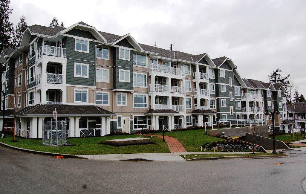 Main Photo: # 414 - 16388 64th Avenue in Surrey: Cloverdale BC Condo for sale