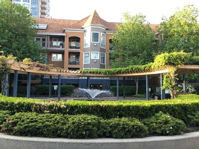 Main Photo: 410 3075 PRIMROSE LANE in Coquitlam: North Coquitlam Condo for sale : MLS®# R2066768
