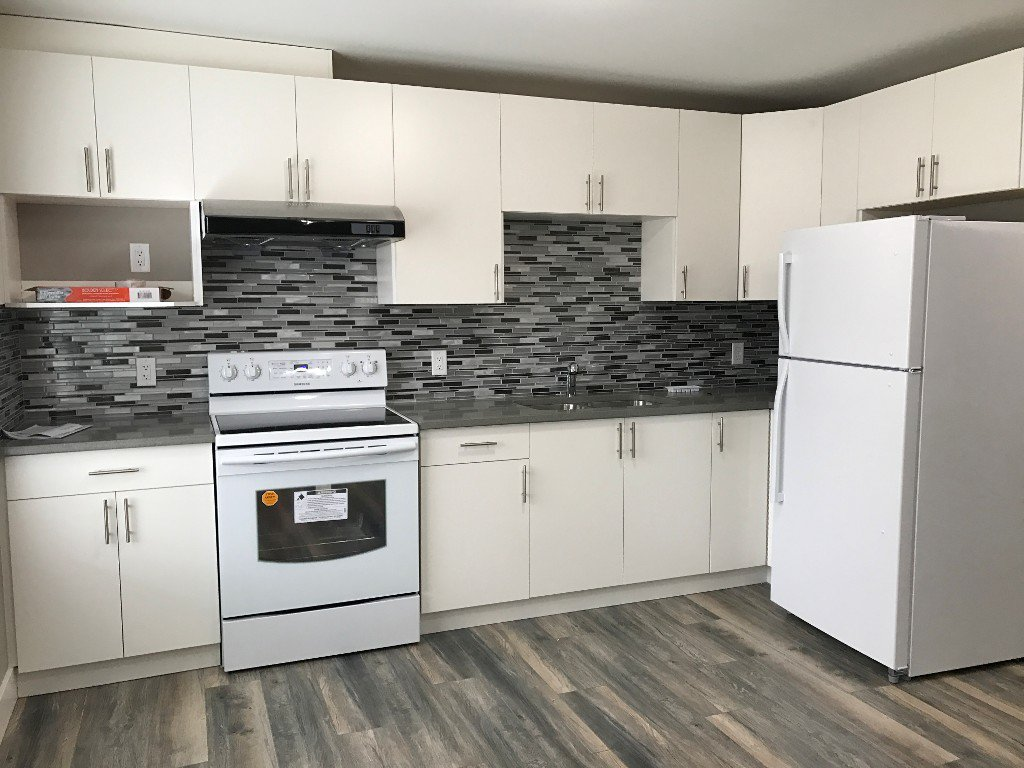 Photo 2: Photos: 4352C Auguston Parkway in Abbotsford: Abbotsford East Condo for rent