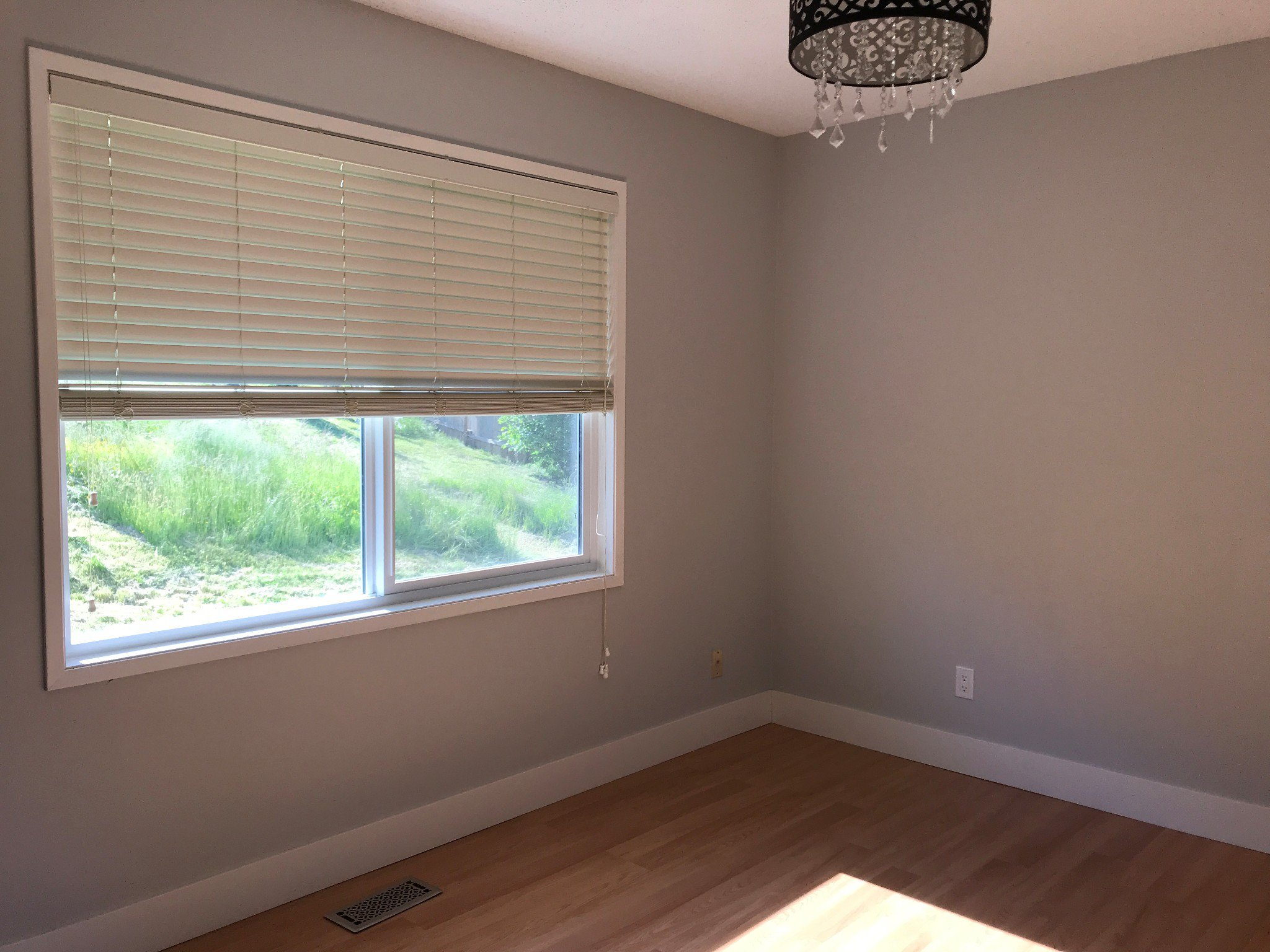 Photo 9: Photos: 34694 Dewdney Trunk Rd. in Mission: House for rent