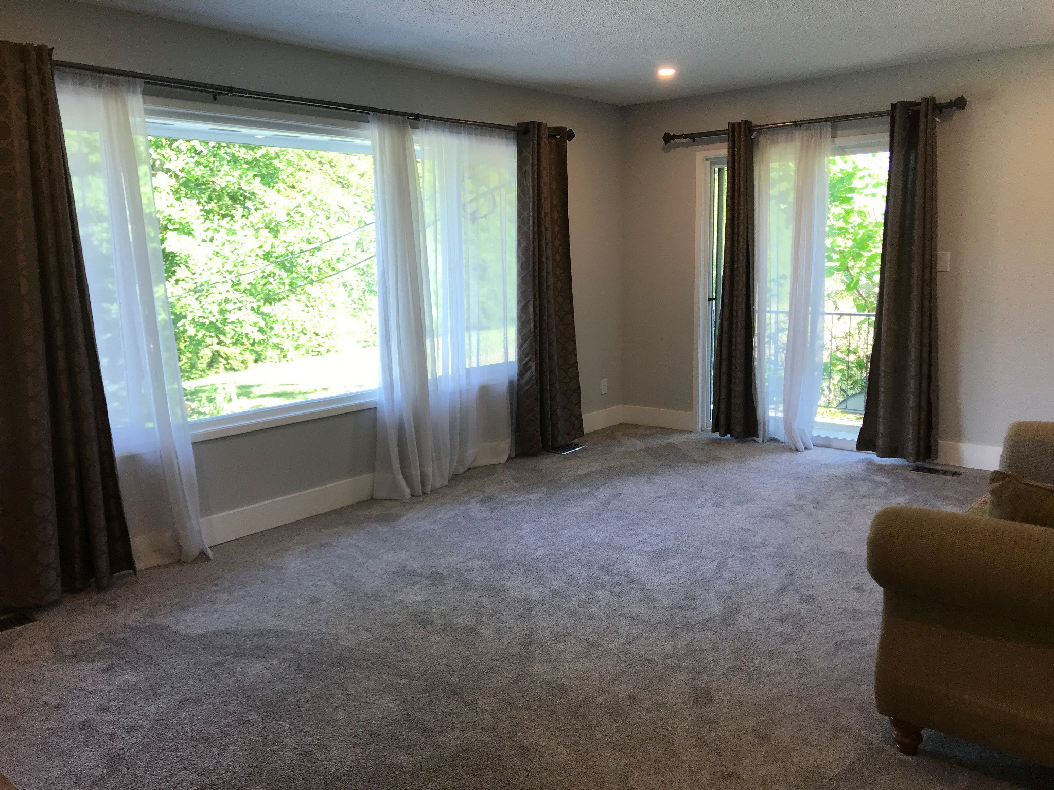 Photo 5: Photos: 34694 Dewdney Trunk Rd. in Mission: House for rent