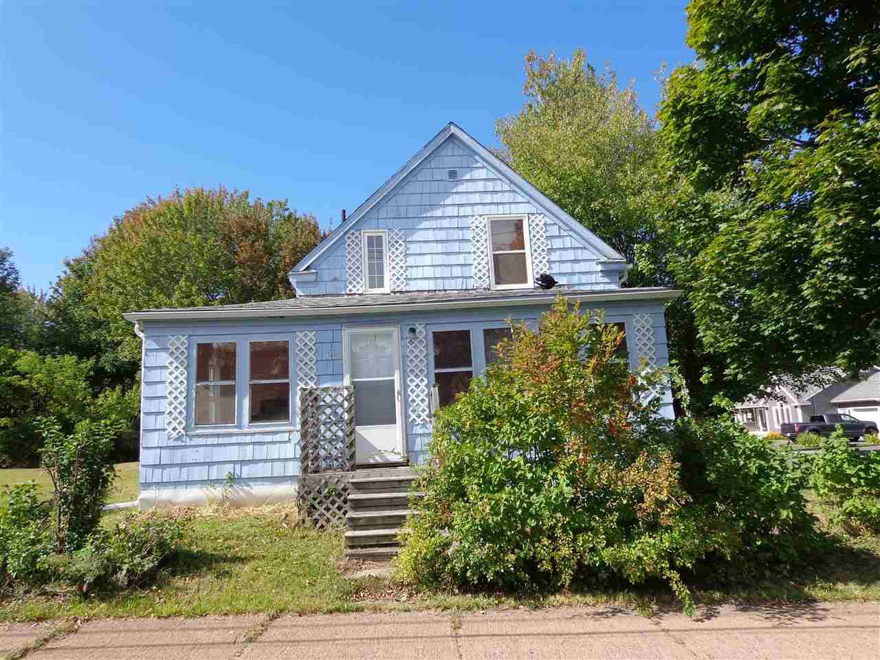 Main Photo: 69 Park Street in Trenton: 107-Trenton,Westville,Pictou Residential for sale (Northern Region)  : MLS®# 202019710